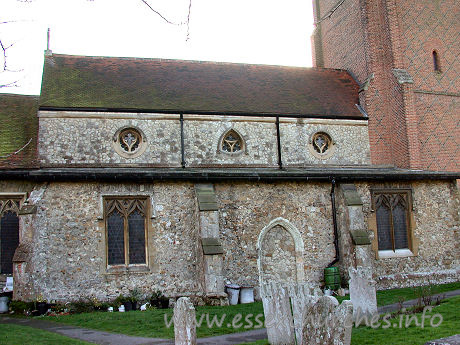 St Andrew, Rochford Church - Here you can see the Victorian N aisle, with clerestory windows.