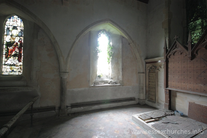 St John the Baptist, Mucking Church - Easternmost arcade in the chancel wall, which would have once led into a C13 N chapel.