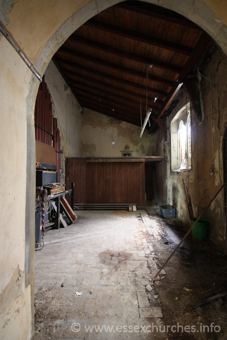 St John the Baptist, Mucking Church - Further along the S aisle - looking towards what was most likely once used as a vestry area.
